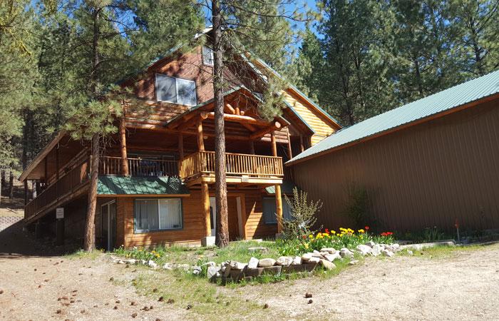The Majestic Mountain Cabin