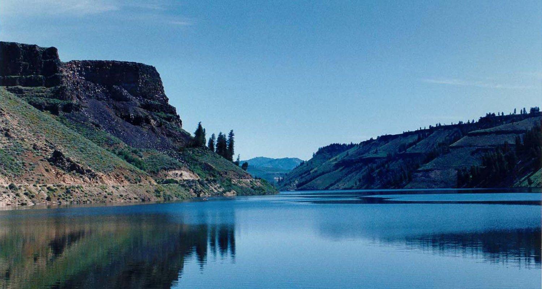 Lakes & Tall Cliffs